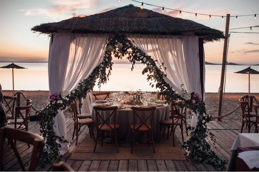 CAROLE & TARAS: DE SUIZA AL MEDITERRÁNEO bodas-playa
