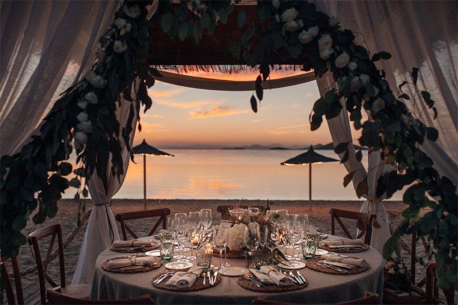CAROLE & TARAS: DE SUIZA AL MEDITERRÁNEO playa-boda