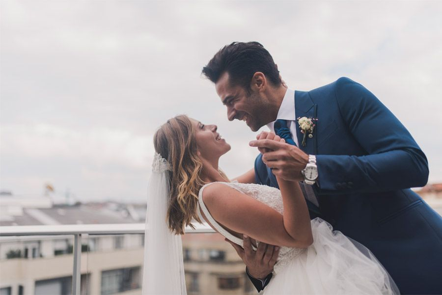 DAVID & ANDREA: DESTINATION ELOPEMENT WEDDING EN SAN SEBASTIÁN baile-novios