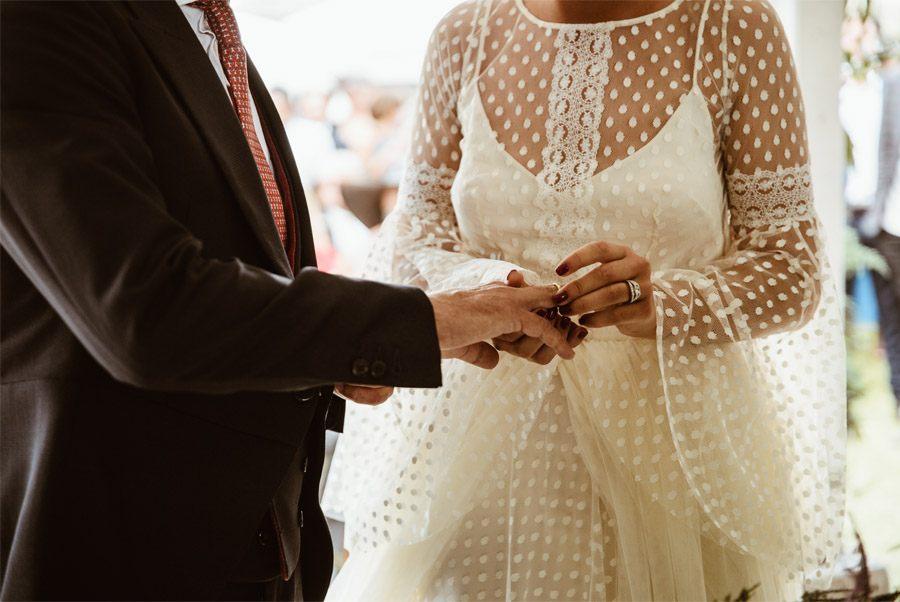 ALFONSO & TANIA: UNIDOS POR EL AMOR Y EL DEPORTE alianzas-boda