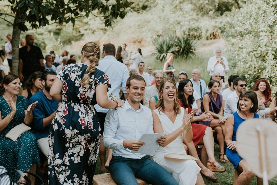 ELISABET, ALBERT Y SU DIVERTIDA BODA DE FIESTA MAYOR boda-aire-libre