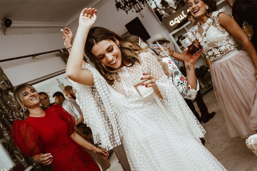 ALFONSO & TANIA: UNIDOS POR EL AMOR Y EL DEPORTE novia-fiesta