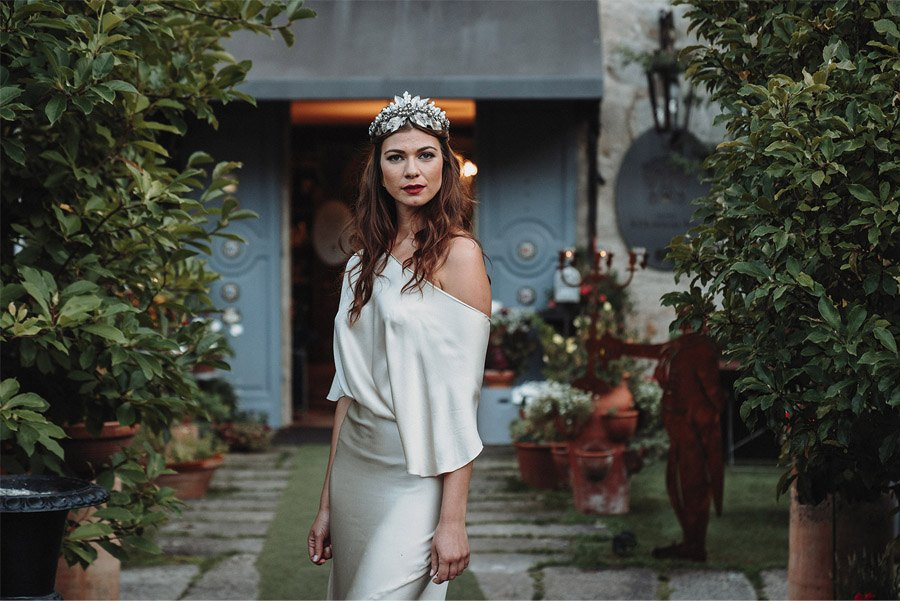 L'ESSENTIEL novia-vestido-1