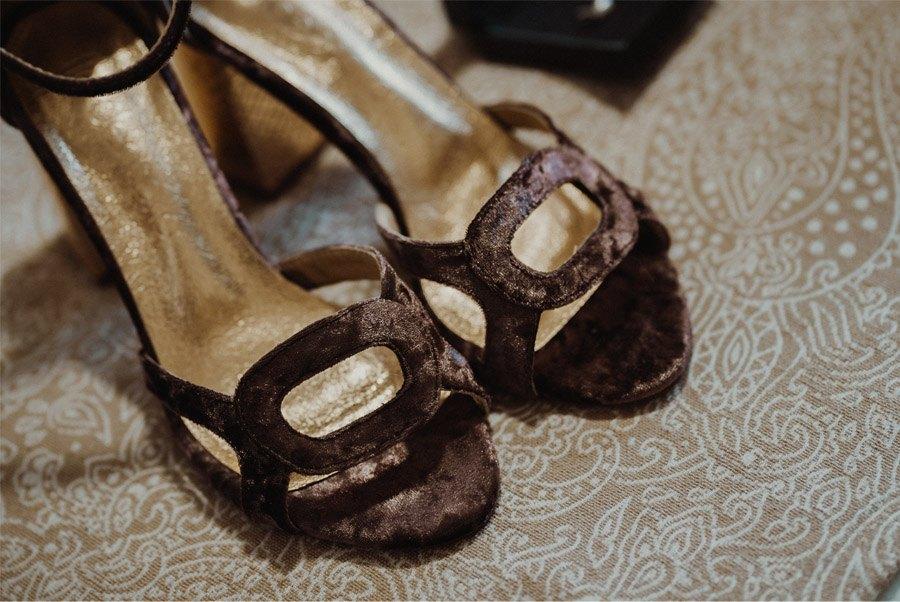 ALFONSO & TANIA: UNIDOS POR EL AMOR Y EL DEPORTE zapatos-novia-1