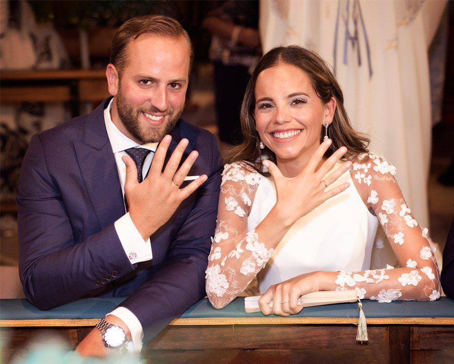 SARA Y JOSÉ CARLOS: #JUNTOSMOLAMAS alianzas-boda
