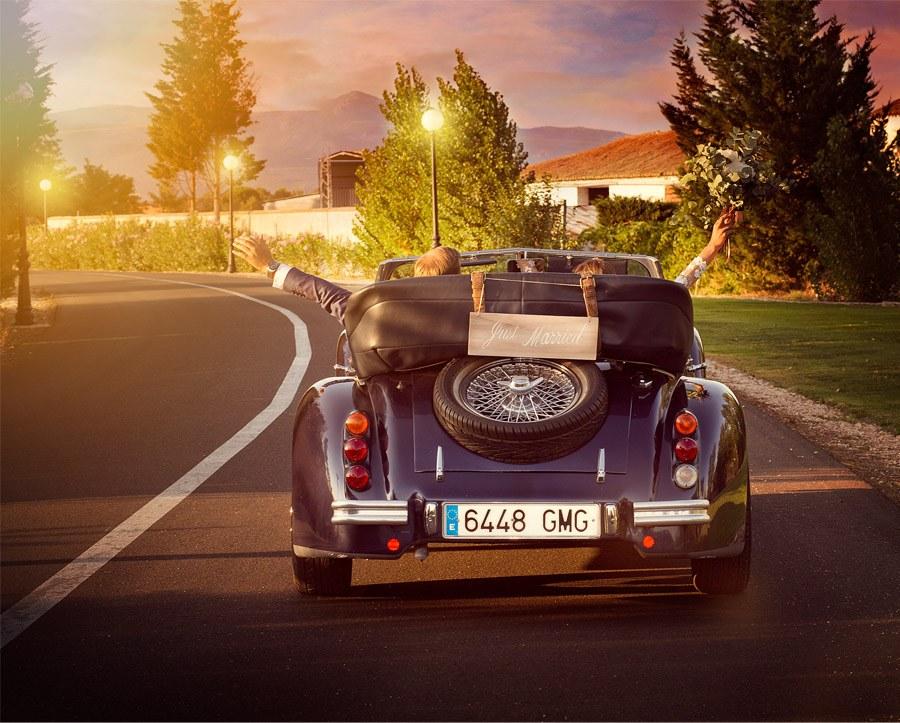 SARA Y JOSÉ CARLOS: #JUNTOSMOLAMAS coche-de-boda