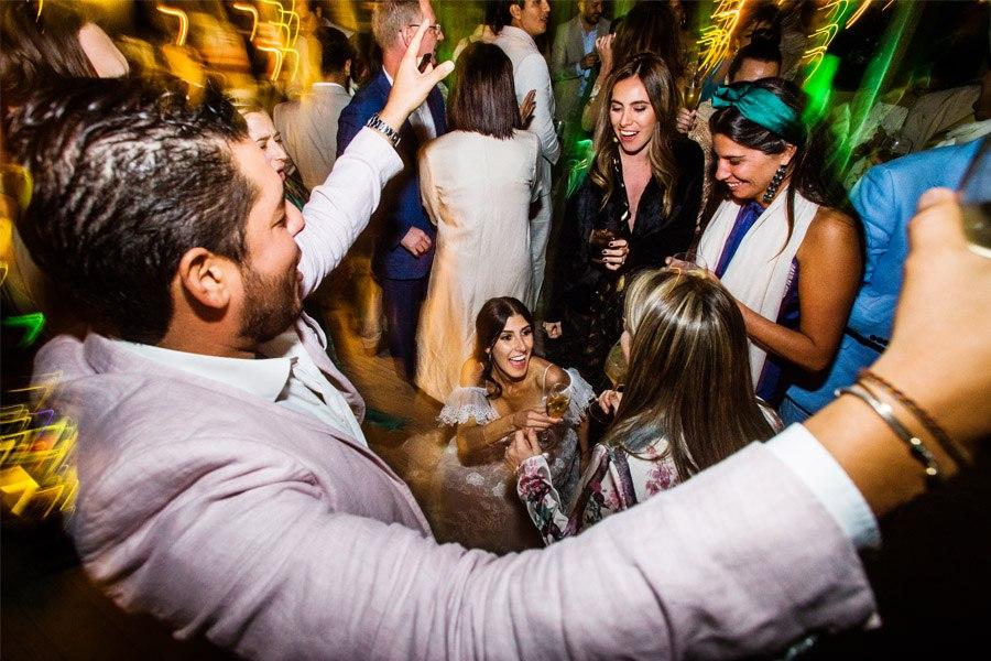 VALENTINA & OMAR: SAFARI WEDDING fiesta-boda-1