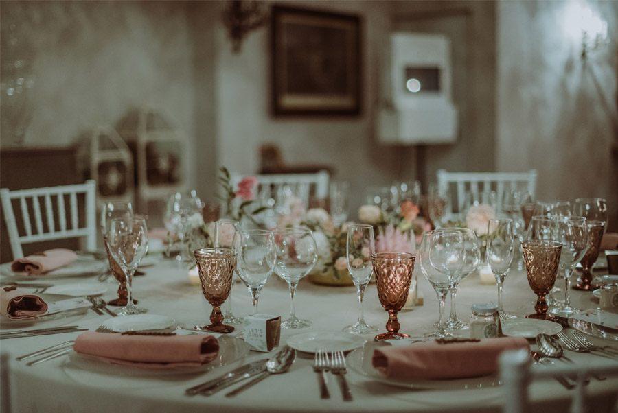 GERARD & YOLANDA: PENGUINS WEDDING mesa-boda