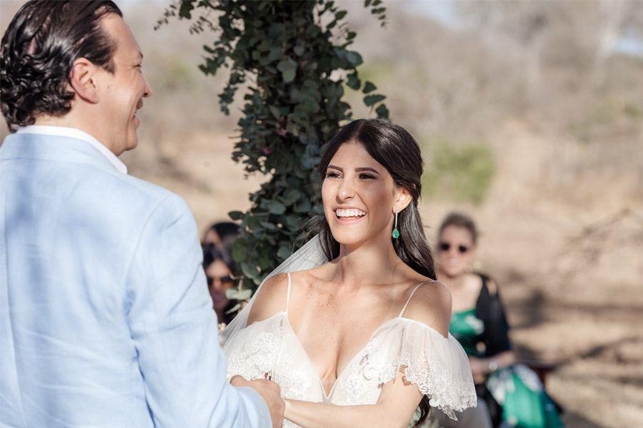 VALENTINA & OMAR: SAFARI WEDDING novios-ceremonia-1