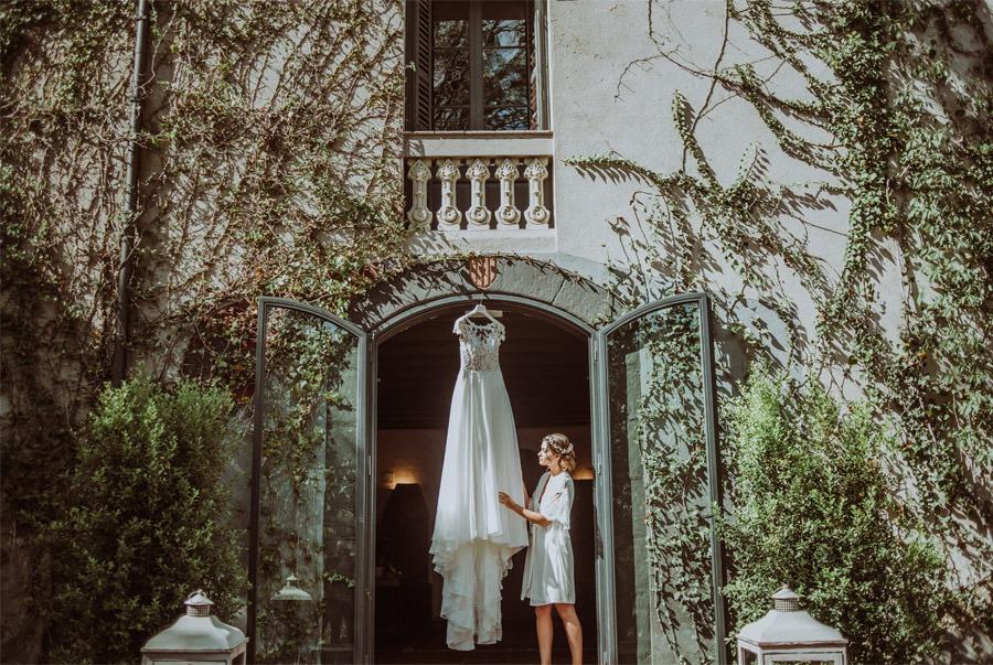 GERARD & YOLANDA: PENGUINS WEDDING vestido-novia-1