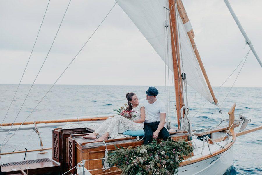 JUDIT Y ANGELO, VIAJE DE SENTIMIENTOS novios-barca-1