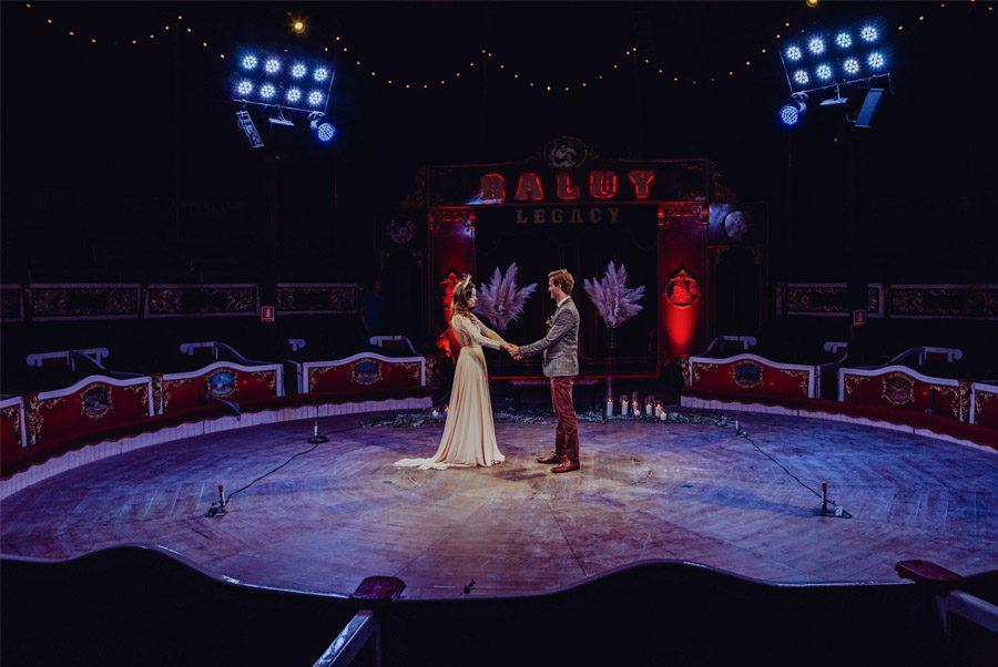 UNA MÁGICA BODA DE CIRCO editorial-boda-circo