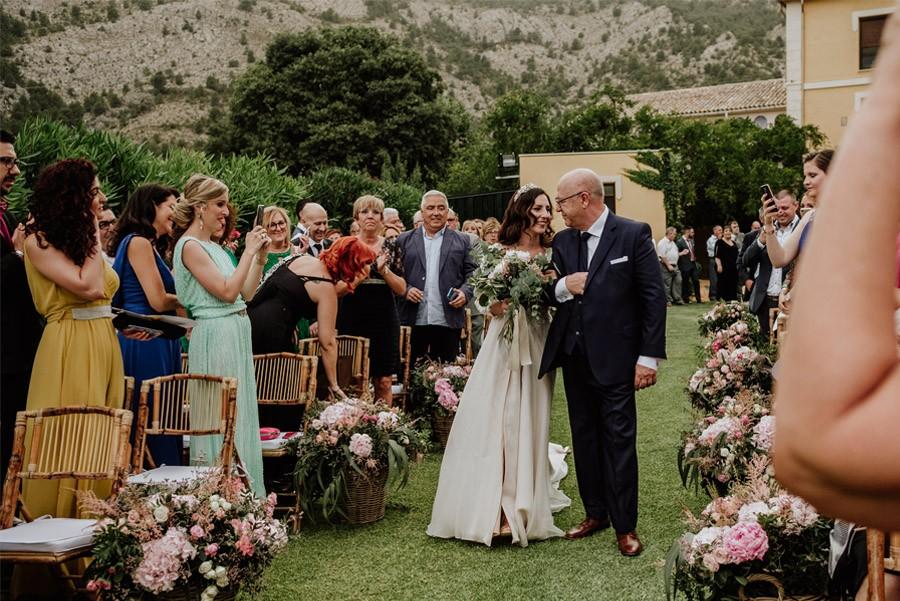 MARÍA & PABLO: EL DESTINO entrada-novia