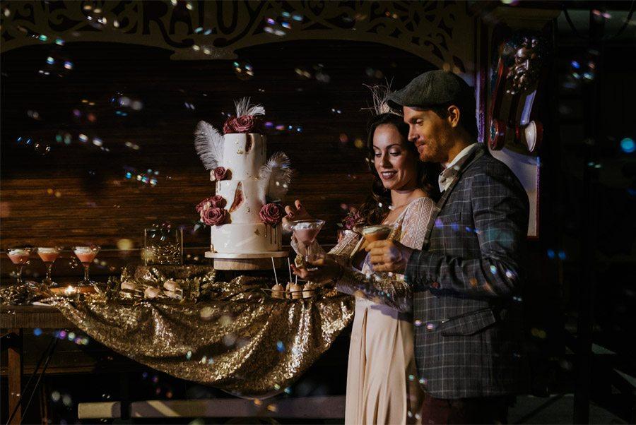 UNA MÁGICA BODA DE CIRCO pompas-jabon-boda