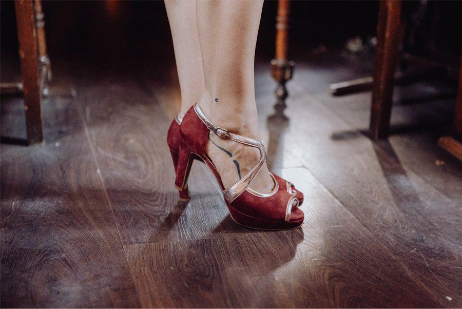 UNA MÁGICA BODA DE CIRCO zapatos-boda