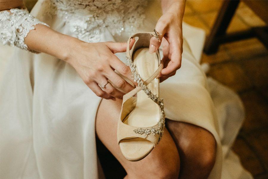 MARÍA & PABLO: EL DESTINO zapatos-novia
