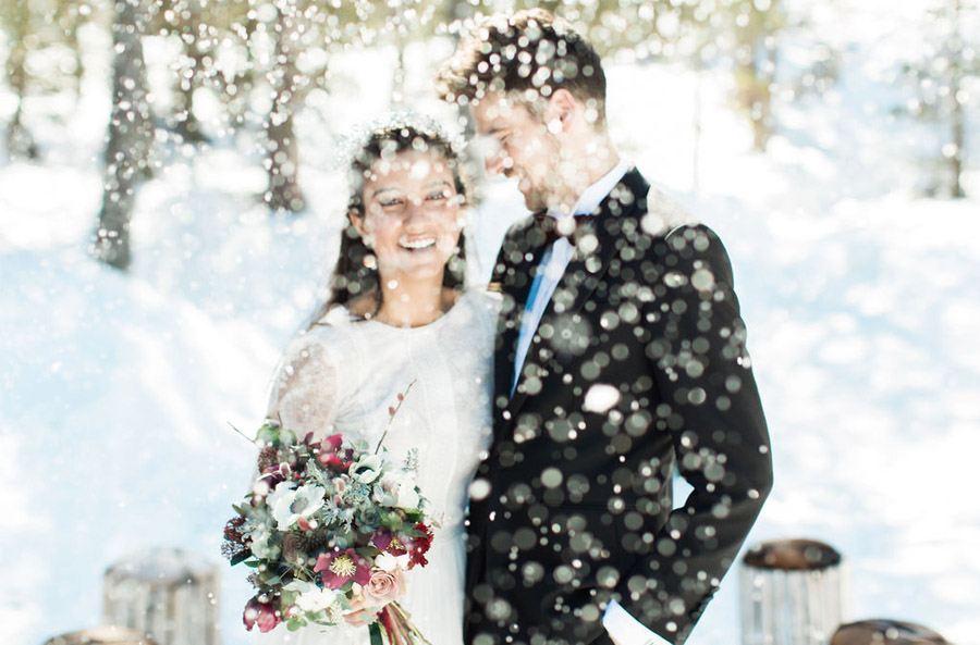 UNA ROMÁNTICA BODA DE INVIERNO boda-nieve-novios