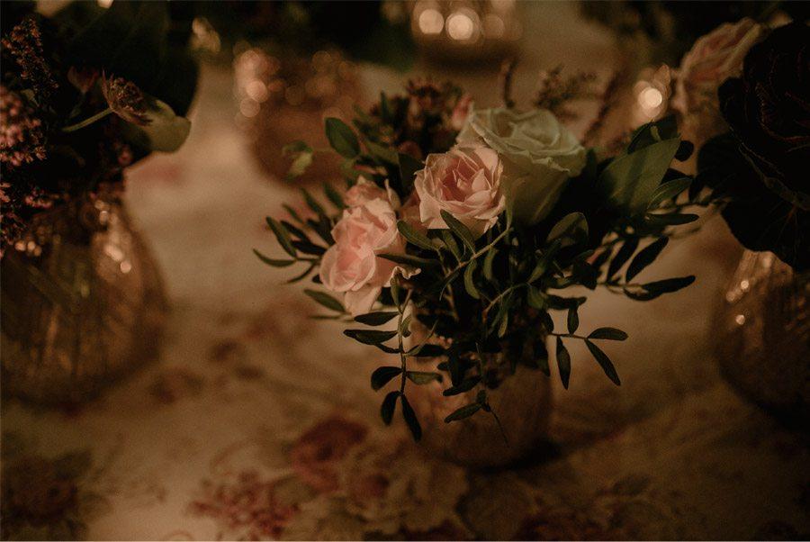 Mª CARMEN & DANI: UNA BODA LLENA DE LUZ flores-boda