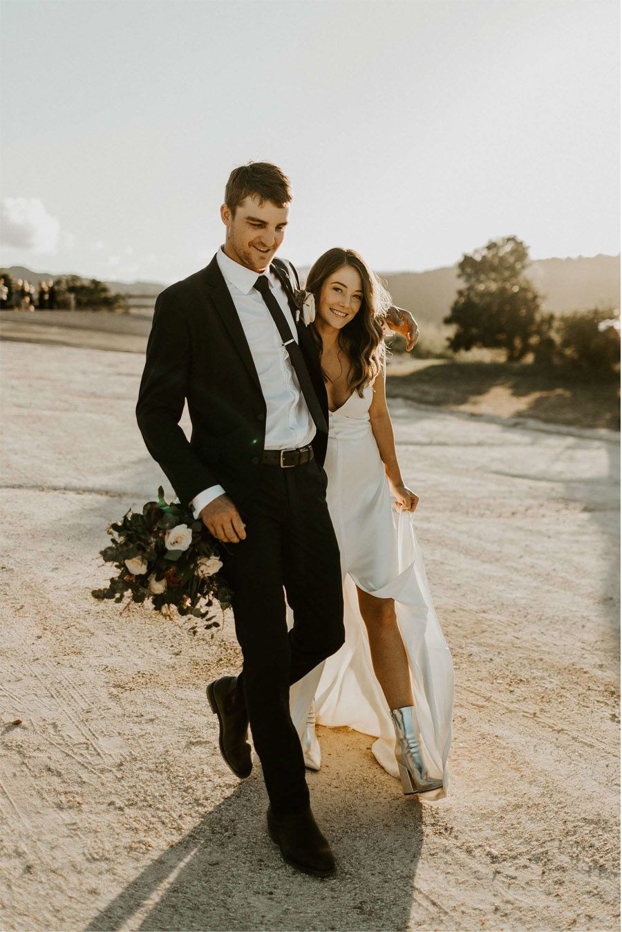 NOVIAS CON BOTAS novia-con-botas