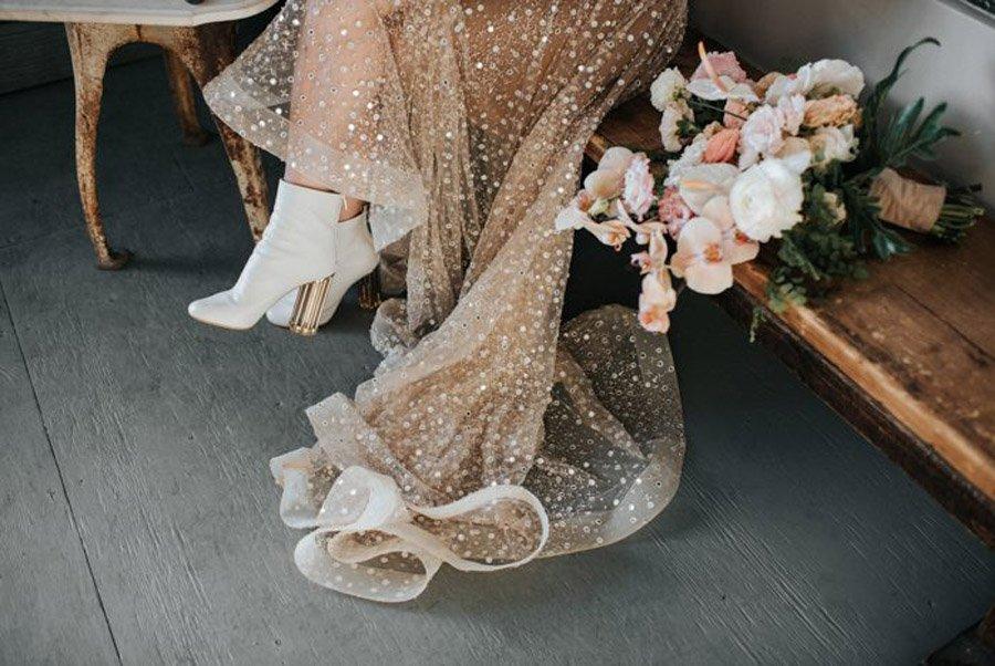 NOVIAS CON BOTAS novias-con-botas