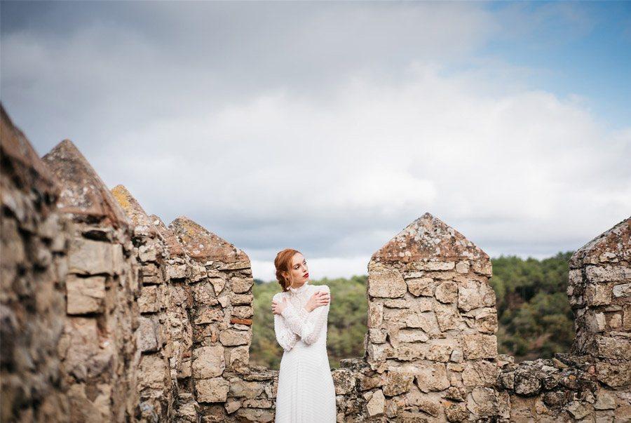 4 LOOKS DE NOVIA HOMENAJE A MUJERES INSPIRADORAS boda-castillo