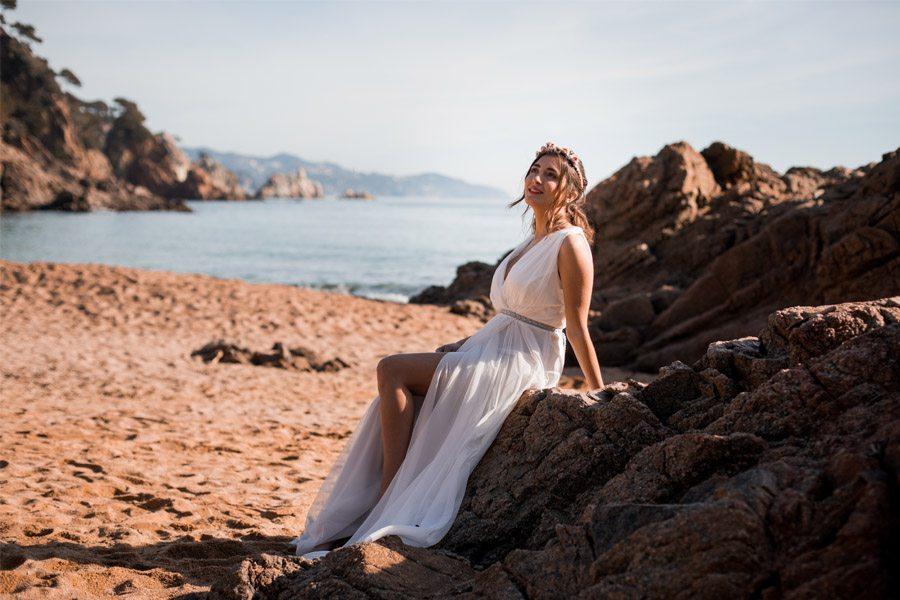 UNA NOVIA DE INSPIRACIÓN GRIEGA novia-playa