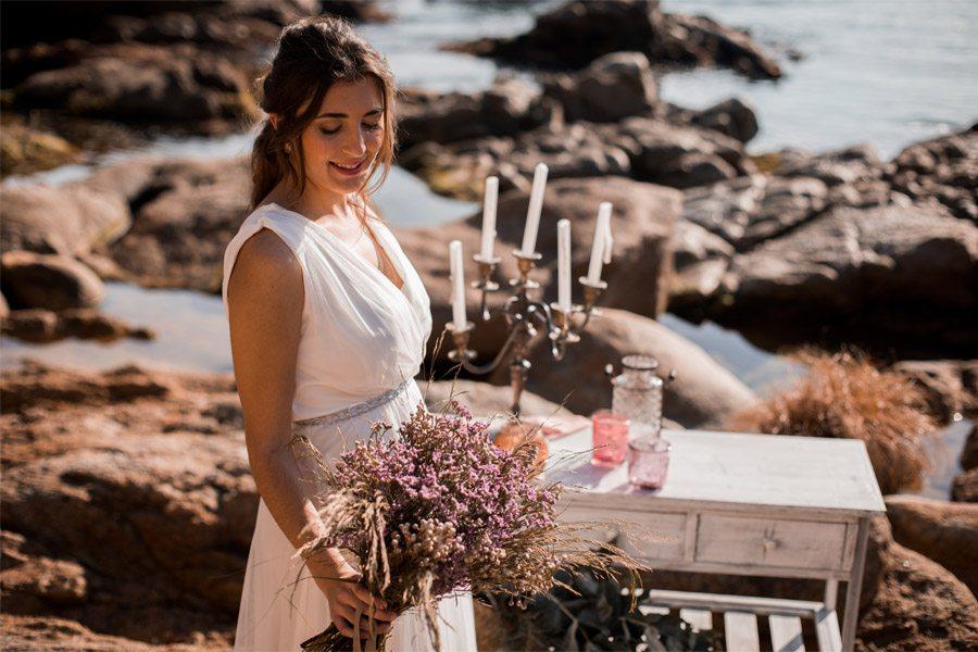 UNA NOVIA DE INSPIRACIÓN GRIEGA novia-ramo
