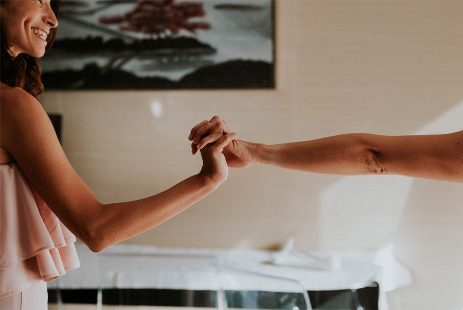 ANDREA & ADRIANO: UNA BODA LLENA DE LUZ amiga-novia