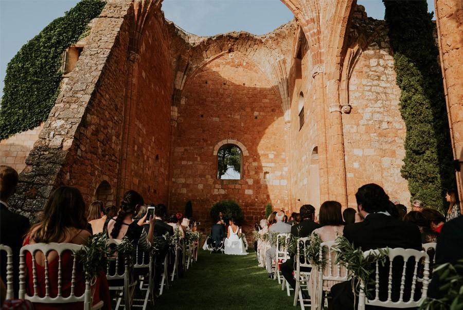 ANDREA & ADRIANO: UNA BODA LLENA DE LUZ boda-aire-libre