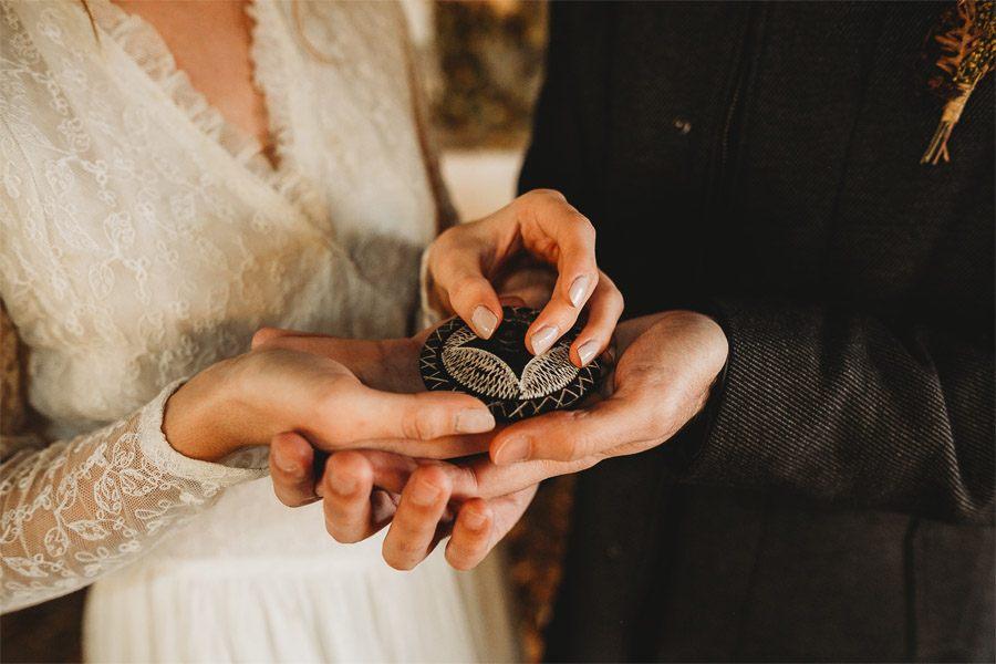 MARTA & BRUNO: EARTH alianzas-boda