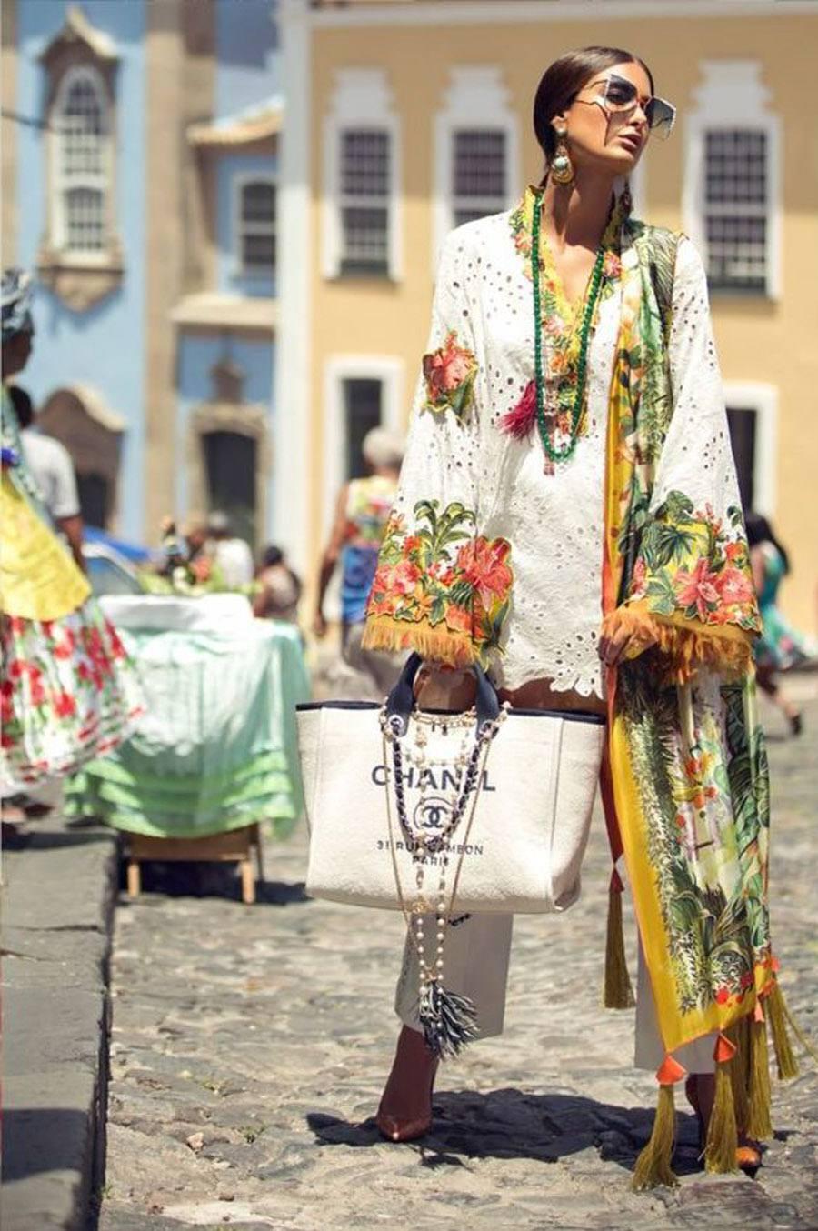BORDADOS DE FLORES PARA INVITADAS bordados-vestido