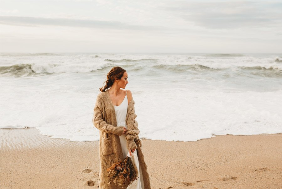 MARTA & BRUNO: EARTH novia-playa