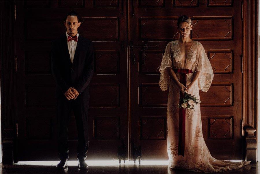 LAURE & MAURI: AMOR POR UNA ISLA novios-reportaje-boda