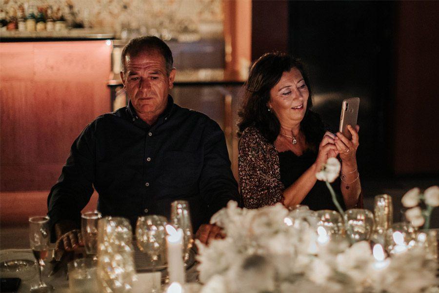 RAQUEL & PABLO: PROMESAS DE AMOR padres-novia