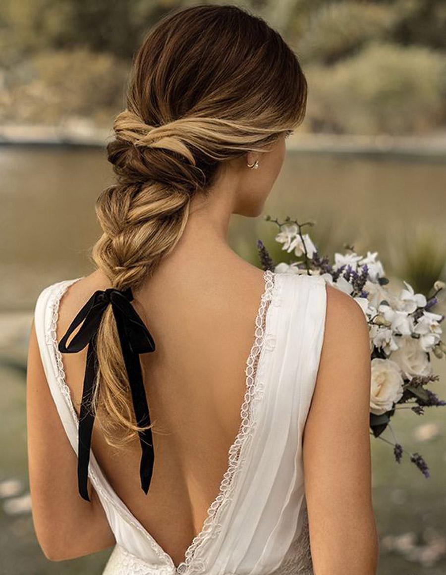 4 PAUTAS ESENCIALES PARA LUCIR PERFECTA EL DÍA DE TU BODA peinado-novia