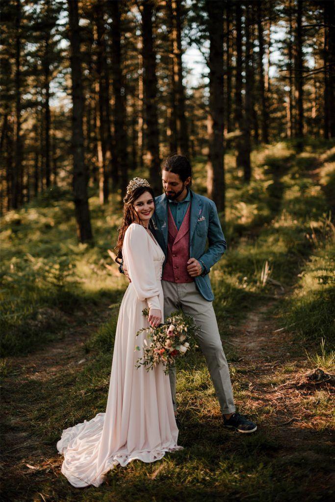 VERÓNICA Y AITOR: CUANDO EL AMOR TODO LO PUEDE bosque-boda-683x1024