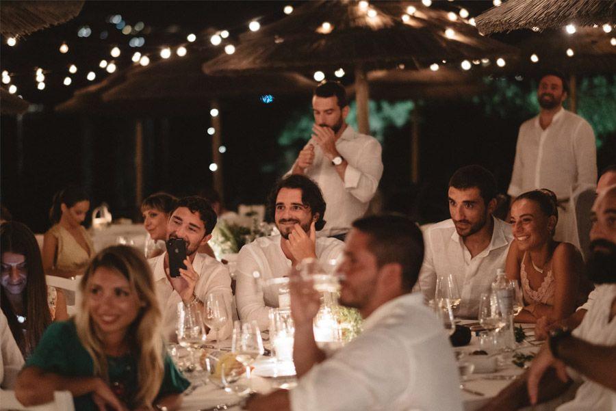 SERENA & MASSIMO: AMOR DE VERANO invitados-boda