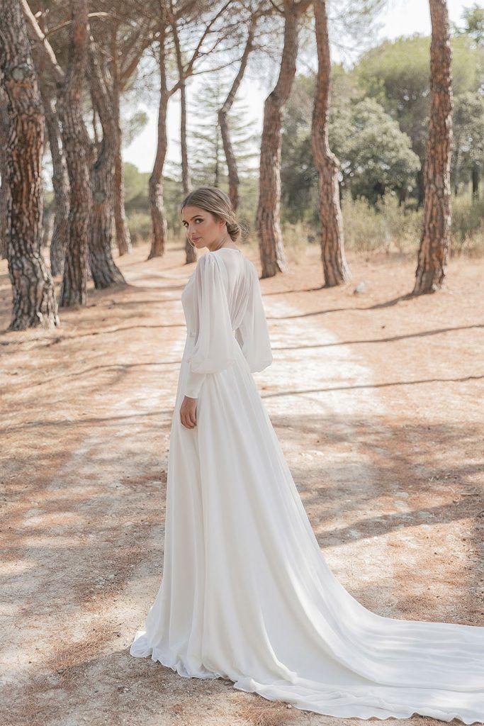 CRUSH, NUEVA COLECCIÓN DE MARIA BARAZA manga-larga-novia-683x1024