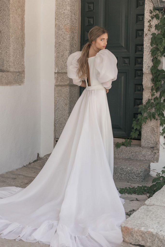 CRUSH, NUEVA COLECCIÓN DE MARIA BARAZA maria-baraza-novia-2021-683x1024