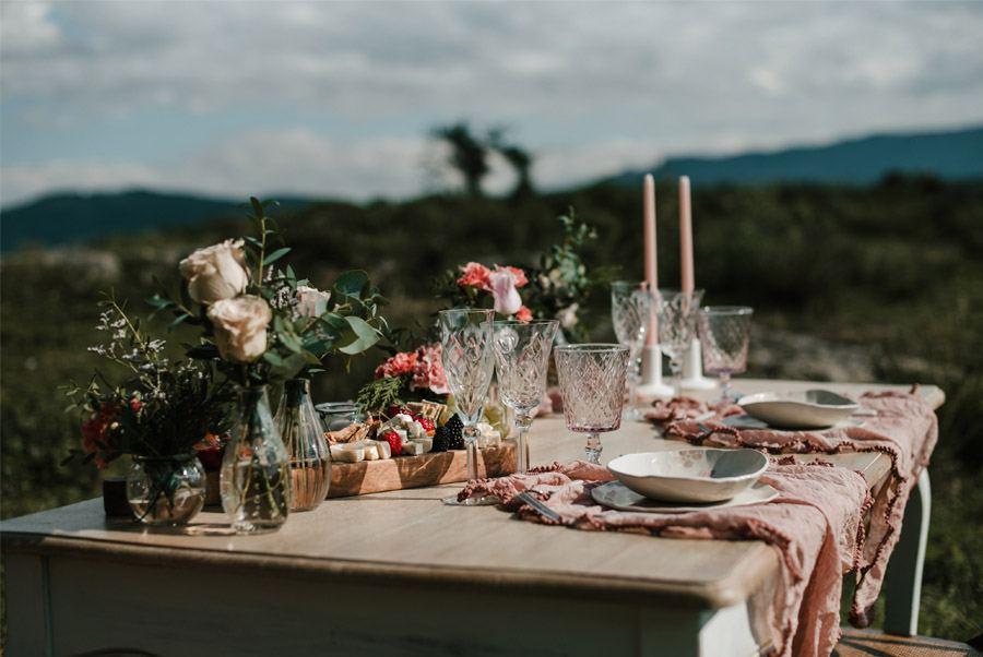 VERÓNICA Y AITOR: CUANDO EL AMOR TODO LO PUEDE mesa-boda-1