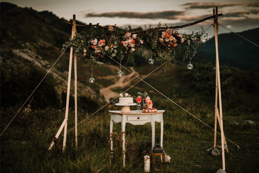 VERÓNICA Y AITOR: CUANDO EL AMOR TODO LO PUEDE mesa-dulce