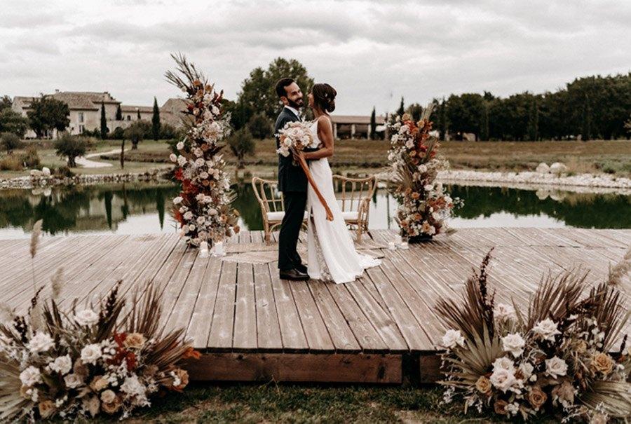 FLORINE & FLORIAN: ROMÁNTICA BODA DE OTOÑO novios-boda-otono