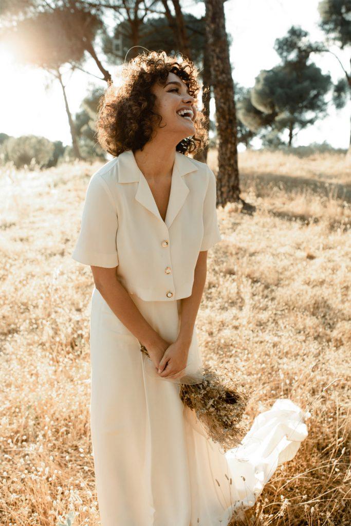 APUESTA POR UNA BODA PICNIC vestido-novia-natural-683x1024