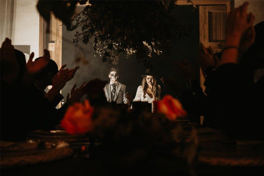 SAMHAIN, VIDA Y MUERTE, AMOR Y DOLOR banquete-boda-samhain-1