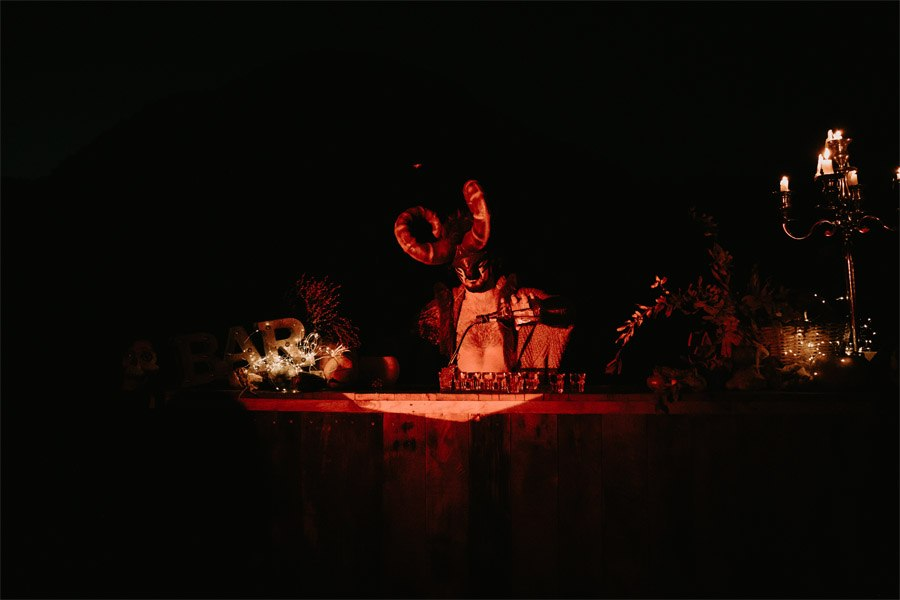 SAMHAIN, VIDA Y MUERTE, AMOR Y DOLOR cocteleria-boda-samhain