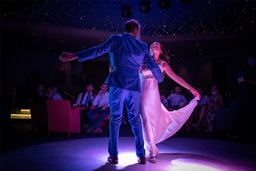 ENRIQUE & MADAY: ¡GRACIAS! baile-novios-1