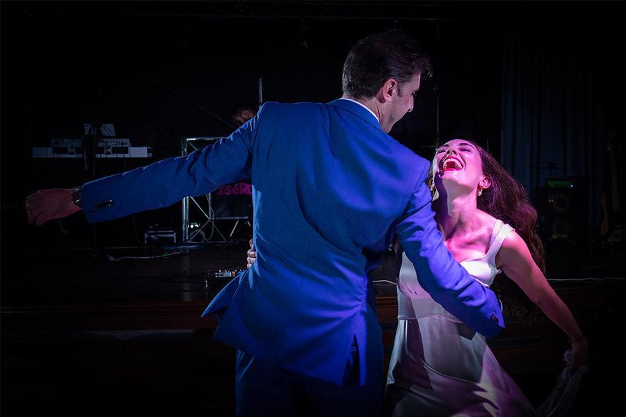 ENRIQUE & MADAY: ¡GRACIAS! novios-baile-1