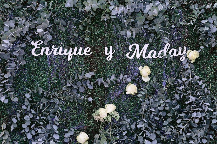ENRIQUE & MADAY: ¡GRACIAS! photocall-boda