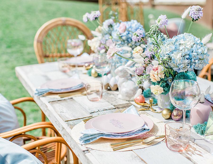 BRUNCH ÍNTIMO PARA UNA BODA EN PASCUA decoracion-mesa-boda-pascua