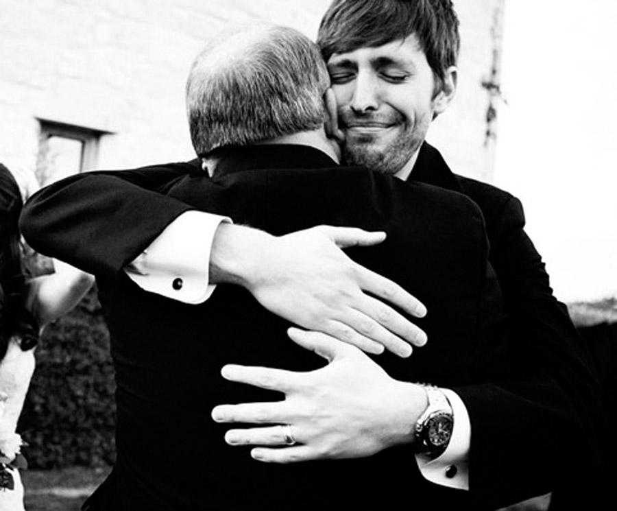 EL PADRE DEL NOVIO padre-del-novio-abrazo